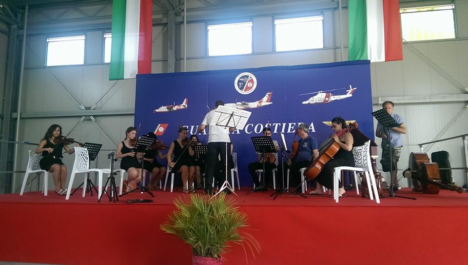 http://www.casoli.info/casoli/cronaca/inauguraz_hangar_guardia_costiera_PE_3.jpg